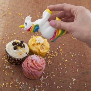 Sprinkle joy with the Unicorn rainbow shaker
